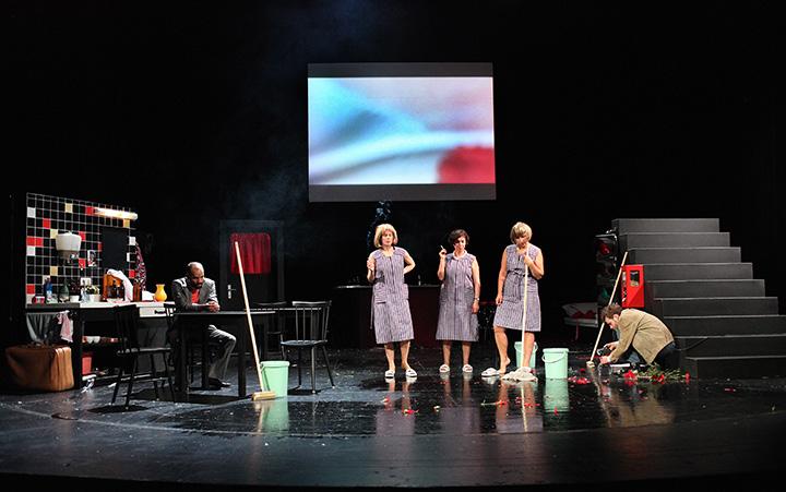 Angst essen Seele auf Markus Subramaniam, Anna Eger, Verena Koch, Katharina Hofmann, Aurel von Arx © Christian Brachwitz