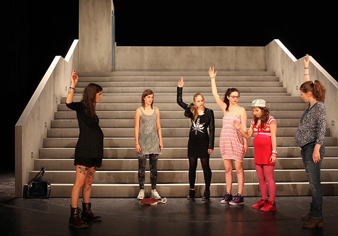Siebzehn Flora Besenbäck, Lena Plochberger, Linda Pichler, Sophie Kirsch, Adelina Nita, Marlene Hauser © Christian Brachwitz