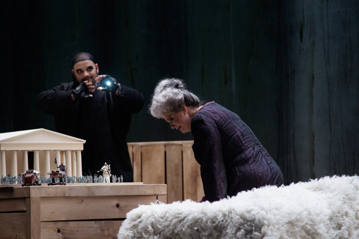 Das Rheingold Michael Bedjai, Karen Robertson © Karl und Monika Forster