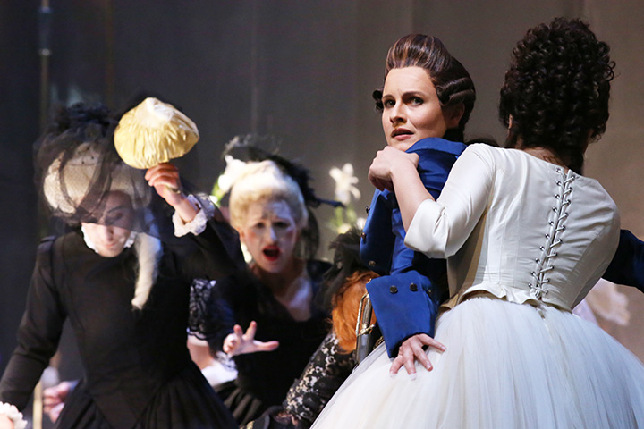 Der Rosenkavalier Martha Hirschmann, Mari Moriya © Reinhard Winkler