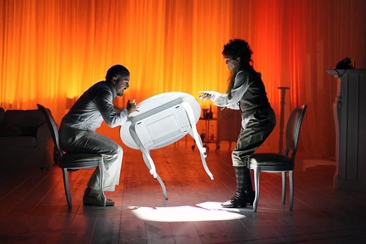 Funkelnde Geister  Lukas Spisser, Christine Kaufmann © Christian Brachwitz