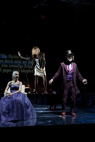 Il Trionfo del Tempo e del Disinganno Irmgard Paulis, Elisabeth Breuer, Sven Hjörleifsson © Yasmina Haddad