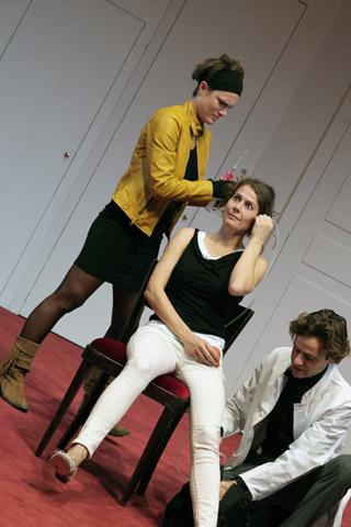 Der (eingebildete) Frauenfeind Katharina Vötter, Anna Eger, Aurel von Arx © Christian Brachwitz