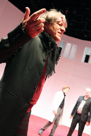 Der (eingebildete) Frauenfeind Helmut Berger, Aurel von Arx, Lutz Zeidler © Christian Brachwitz