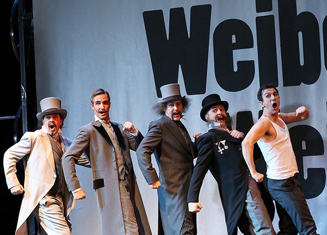 Die lustige Witwe Jonathan Whiteley, Ulf Bunde, Bonifacio Galván, Michael Wagner, Martin Achrainer © Reinhard Winkler