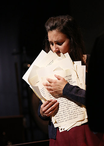 Das Tagebuch der Anne Frank  Fenja Lukas © Reinhard Winkler