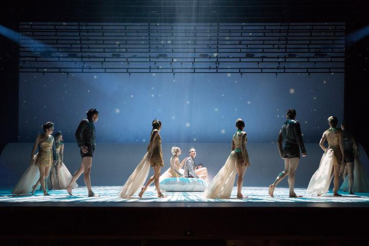 Die kleine Meerjungfrau Tanzensemble © Tom Mesic