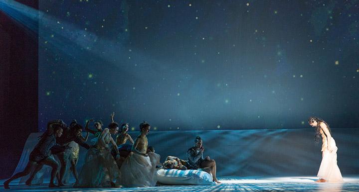 Die kleine Meerjungfrau Tanzensemble, Andressa Miyazato © Tom Mesic