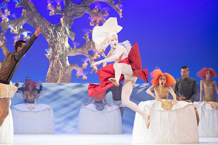 Die kleine Meerjungfrau Tanzensemble, Pavel Povraznik © Tom Mesic