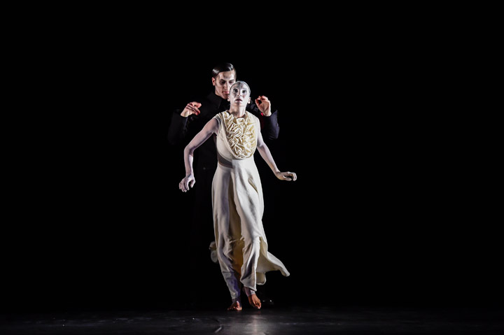 Die Brautschminkerin  Geoffry Poplawski, Andressa Miyazato © Dieter Wuschanski