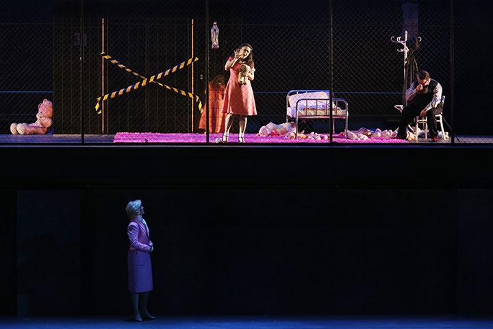Rigoletto Julia Sitkovetsky, Federico Longhi, Vaida Raginskytė © Reinhard Winkler
