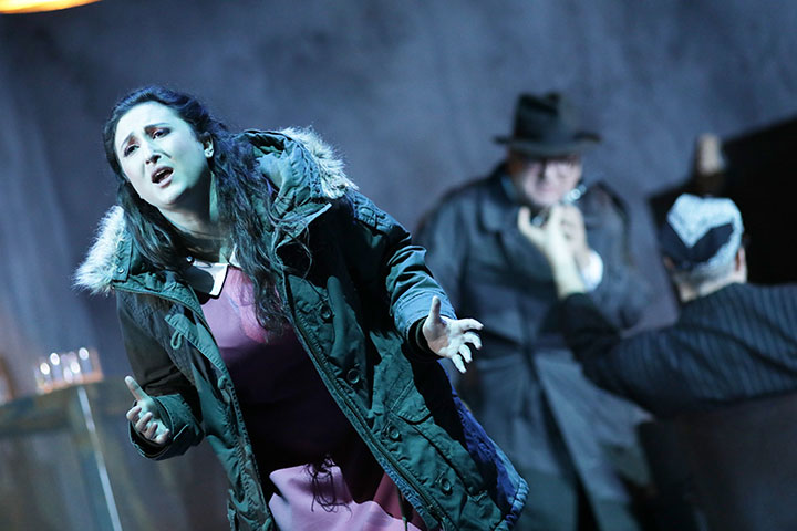 Rigoletto Julia Sitkovetsky, Federico Longhi, Dominik Nekel © Reinhard Winkler
