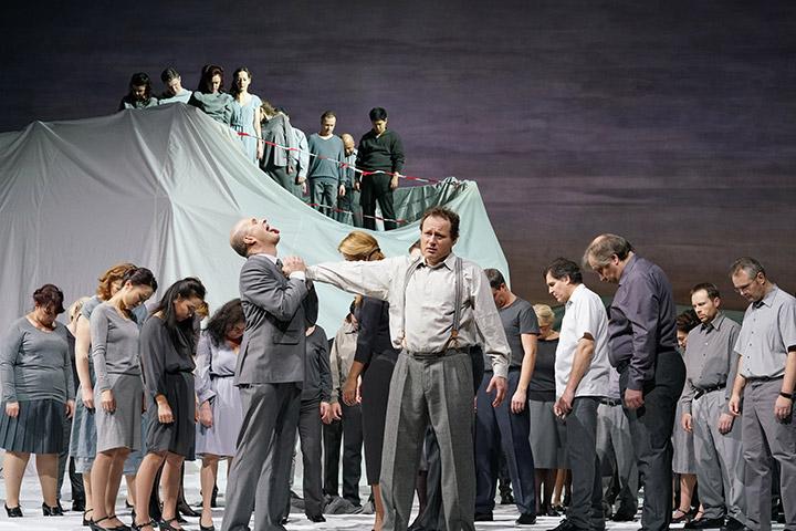 La Damnation de Faust Michael Wagner, Chris Lysack, Chor © Reinhard Winkler