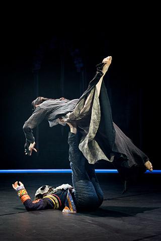 Tod und das Mädchen Jonatan Salgado Romero, Jacqueline Lopez © Tom Mesic