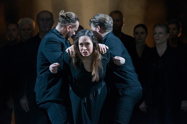 Antigone Alexander Hetterle, Angela Waidmann, Jan Nikolaus Cerha © Petra Moser