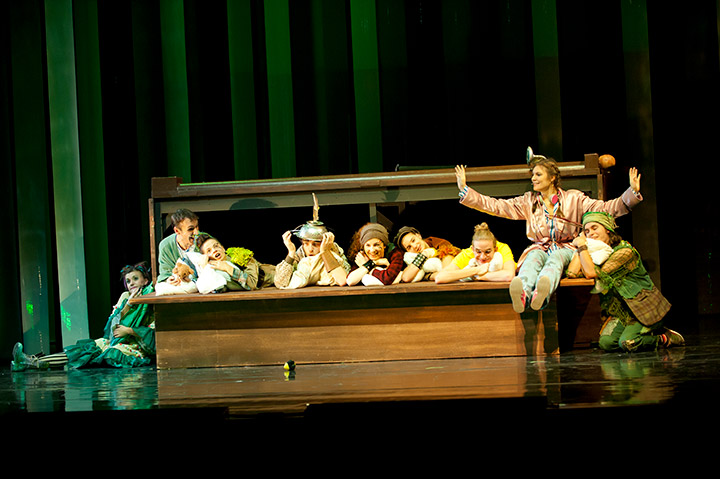 Peter Pan  Ensemble © Hermann Posch