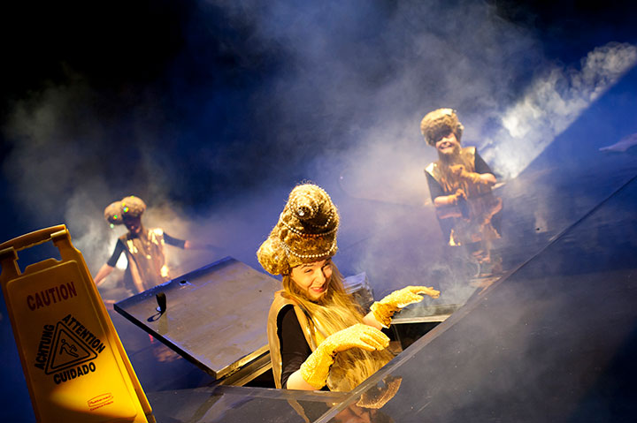 Wunder des Alltags Steven Cloos, Karina Pele, Anna Katharina Fleck © Hermann Posch