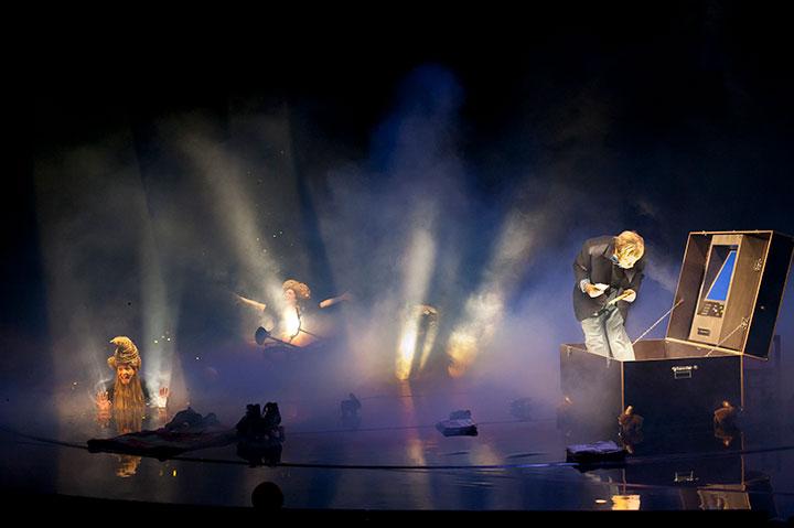 Wunder des Alltags Karina Pele, Steven Cloos, Anna Katharina Fleck, Christopher Schulzer © Hermann Posch