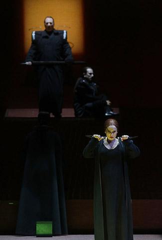 Tristan und Isolde Heiko Börner, Martin Achrainer, Annemarie Kremer © Reinhard Winkler