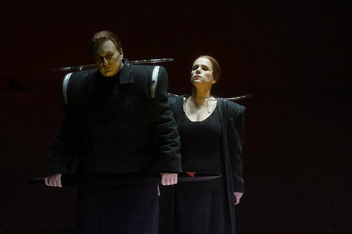 Tristan und Isolde Heiko Börner, Annemarie Kremer © Reinhard Winkler