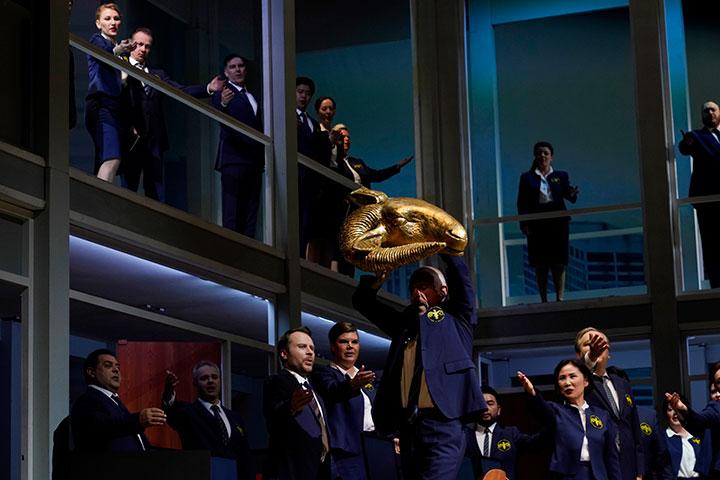 Médée  Chor Landestheater Linz © Reinhard Winkler