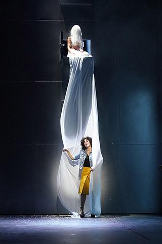 Lazarus  Daniela Dett, Ariana Schirasi-Fard © Reinhard Winkler