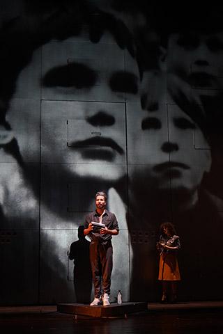 Lazarus  Riccardo Greco, Ariana Schirasi-Fard © Reinhard Winkler