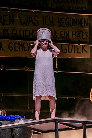 Die Verfolgung und Ermordung Jean Paul Marats Anna Rieser © Jochen Quast