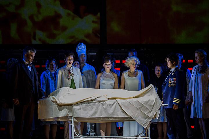La clemenza di Tito  Dominik Nekel, Florence Losseau, Theresa Grabner, Brigitte Geller, Jessica Eccleston, Chor © Sakher Almonem