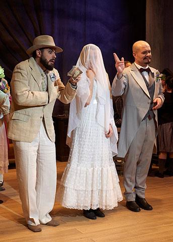 Polnische Hochzeit  Philipp Kranjc, Florence Losseau, Michael Wagner © Herwig Prammer