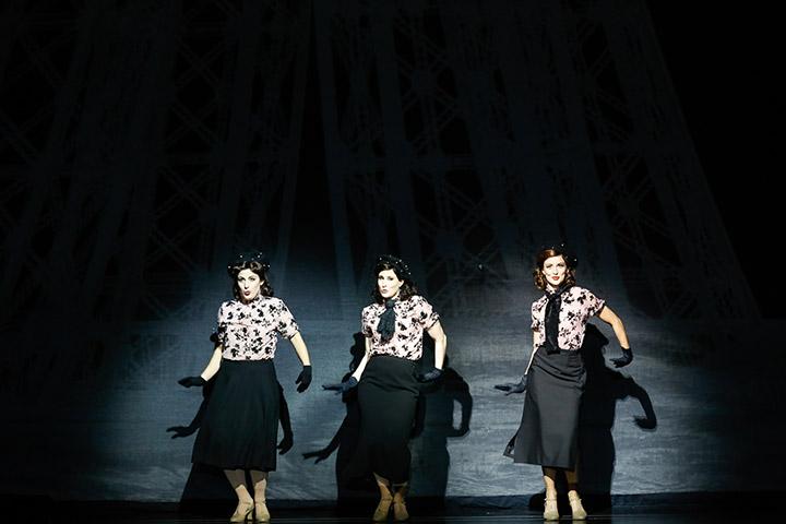 Ein Amerikaner in Paris  Ariana Schirasi-Fard, Raphaela Pekovsek, Hanna Kastner © Barbara Pálffy