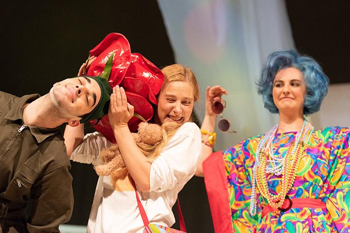 Die Schneekönigin  Lukas Franke, Lorraine Töpfer, Sophie Kirsch © Petra Moser
