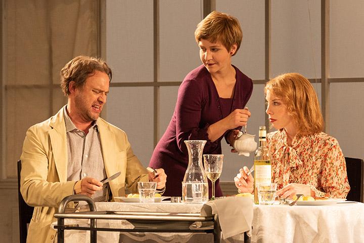 Ritter, Dene, Voss  Christian Taubenheim, Katharina Knap, Theresa Palfi © Petra Moser