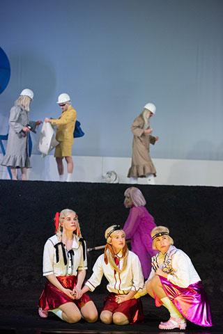 Was geschah, nachdem Nora ihren Mann verlassen hatte  Anna Wagner, Michaela Lenhart, Anna Rieser, Angela Waidmann © Petra Moser
