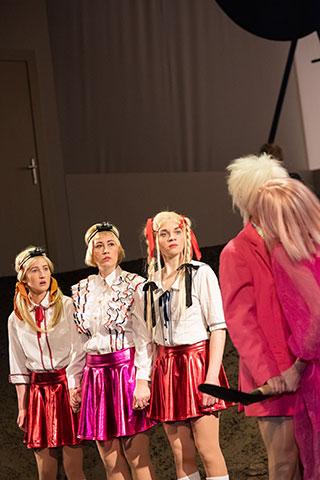 Was geschah, nachdem Nora ihren Mann verlassen hatte  Michaela Lenhart, Angela Waidmann, Anna Wagner, Hanna Binder, Anna Rieser © Petra Moser