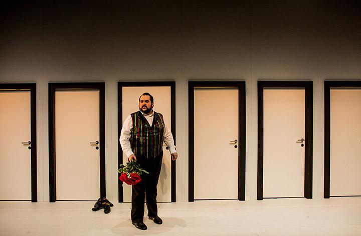Il matrimonio segreto  Rafael Helbig-Kostka © Sakher Almonem