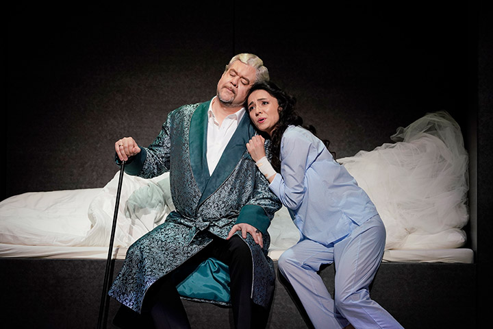 I Capuleti e i Montecchi  Dominik Nekel, Ilona Revolskaya © Reinhard Winkler