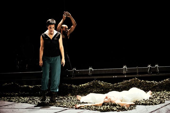 Othello Gunda Schanderer, Markus Subramaniam, Anna Eger © Patrick Pfeiffer