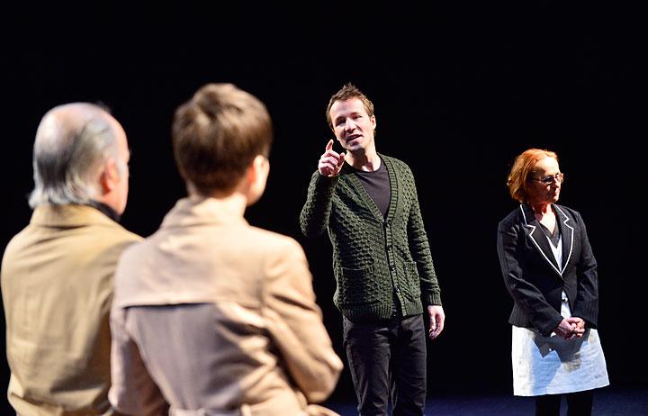 Die Wiedervereinigung der beiden Koreas Thomas Kasten, Bettina Buchholz, Björn Büchner, Eva-Maria Aichner © Patrick Pfeiffer