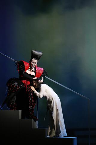 Die Zauberflöte Mari Moriya, Myung Joo Lee © Reinhard Winkler