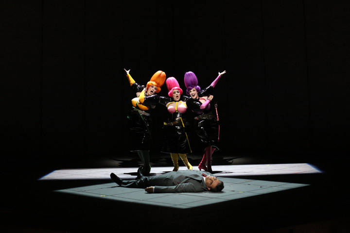 Die Zauberflöte Karen Robertson, Claudia Braun-Tietje, Valentina Kutzarova, Iurie Ciobanu © Reinhard Winkler